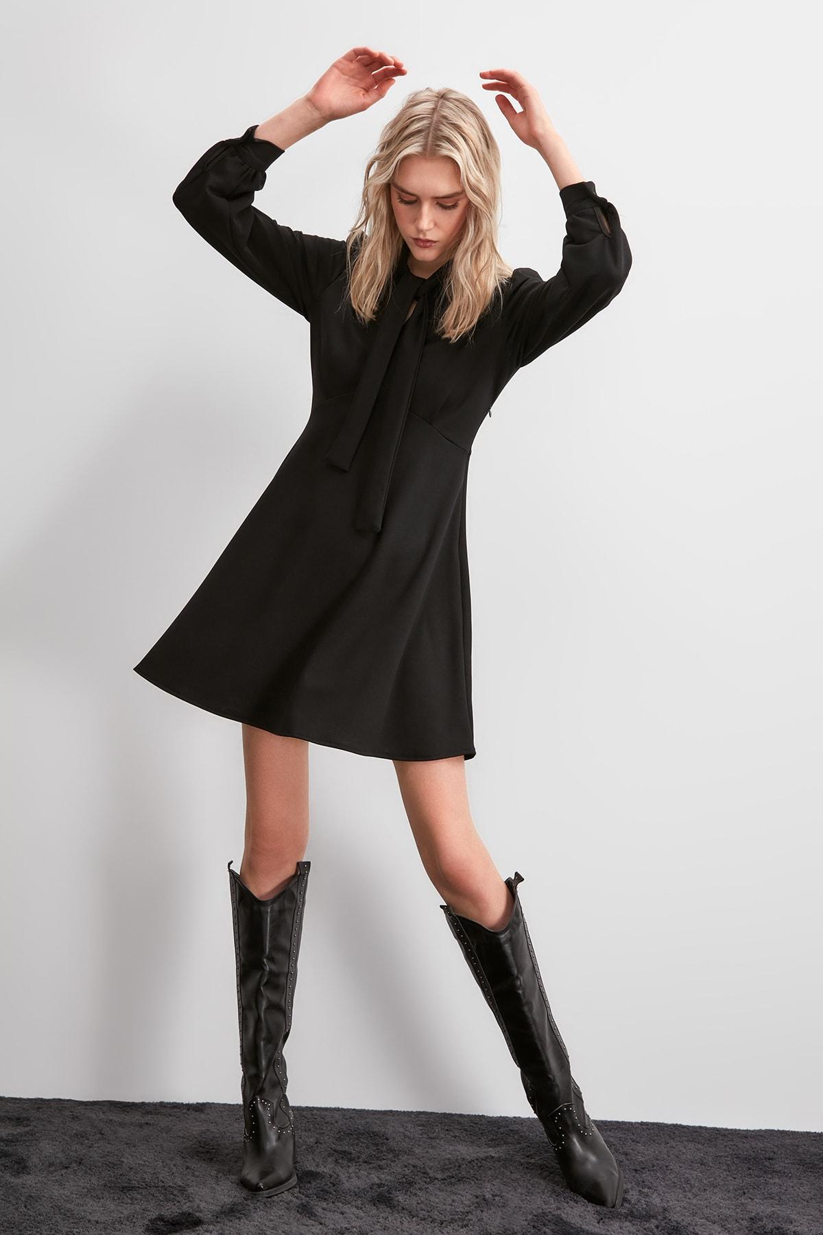 Trendyol Girdle Detail Knit Dress TWOAW20EL2108