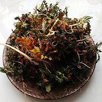 酸辣粉蒸野荠菜的做法图解2