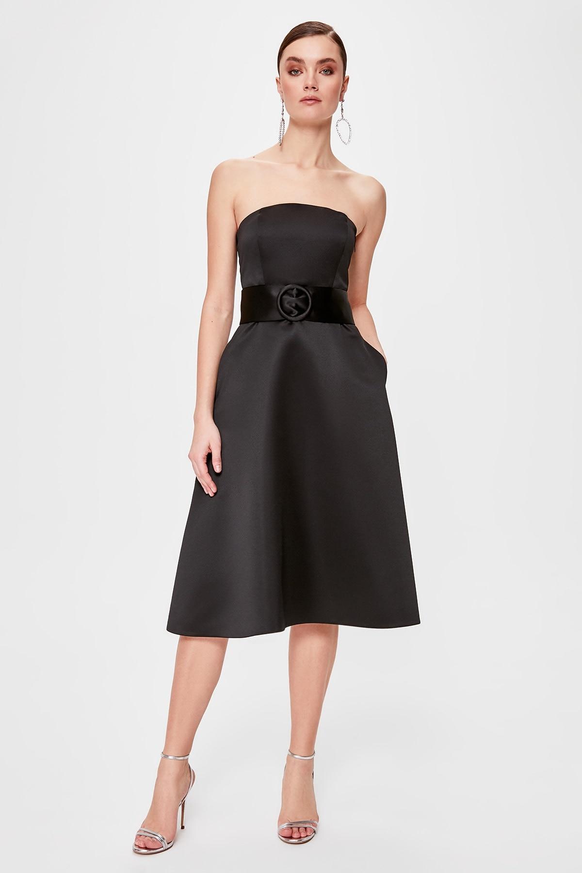 Trendyol Belt Detail Strapless Dress TPRSS20EL0213