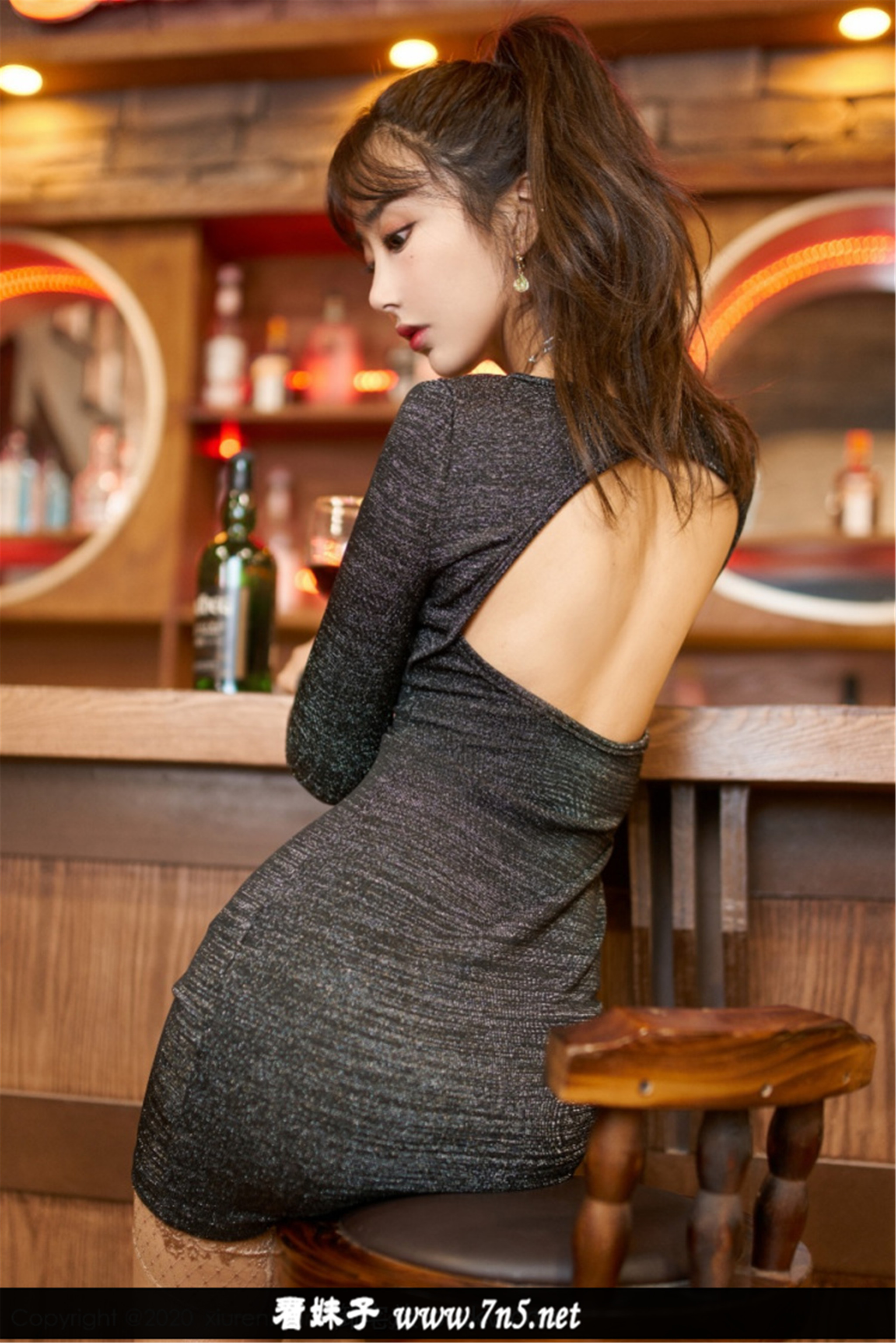 [Xiuren秀人网]2020.03.20 NO.2085 酒吧丝袜主题 Betty林子欣[41+1P/165M]