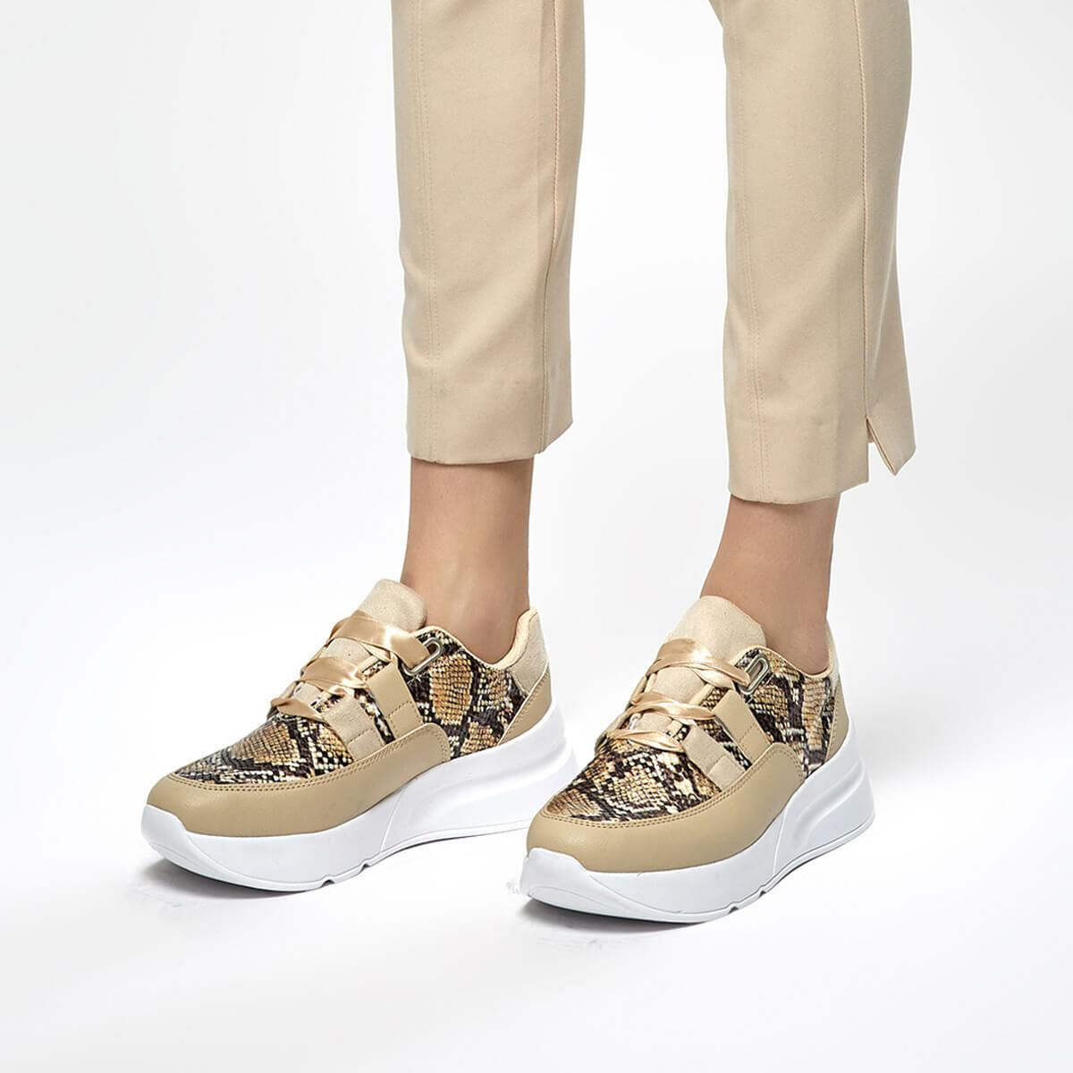 FLO KİBA12Y SKIN TEN Women Sneaker Shoes BUTIGO