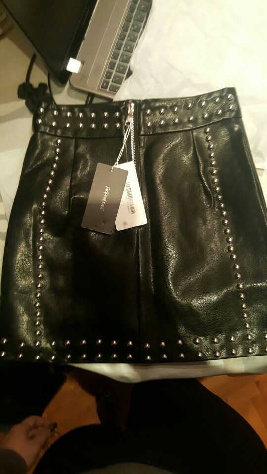 Heavy Rivets Pu Leather Skirts High Waist Single Breasted Mini Skirt For Women Punk Style Spring Fashion photo review