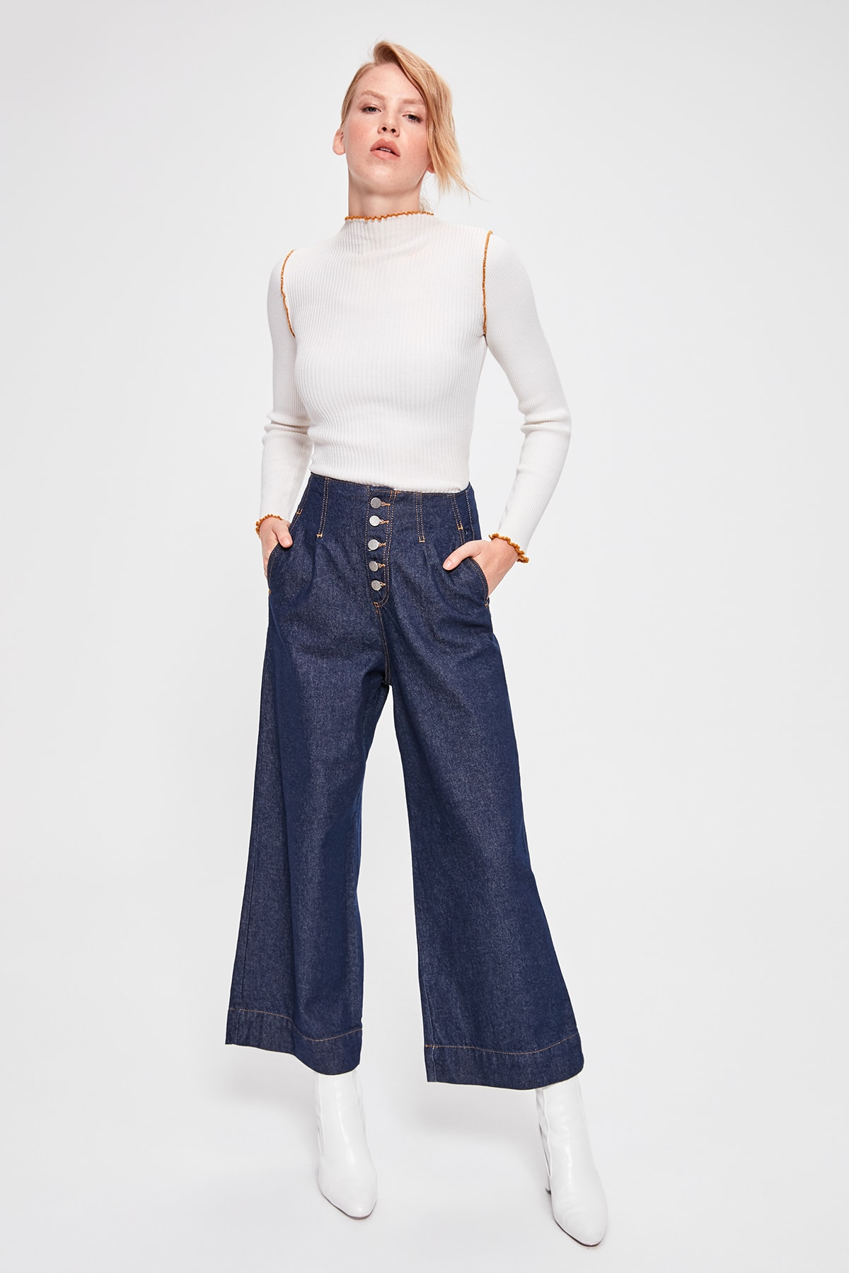 Trendyol Blue Stitch Detail High Bel Wide Leg Jeans TWOAW20JE0144