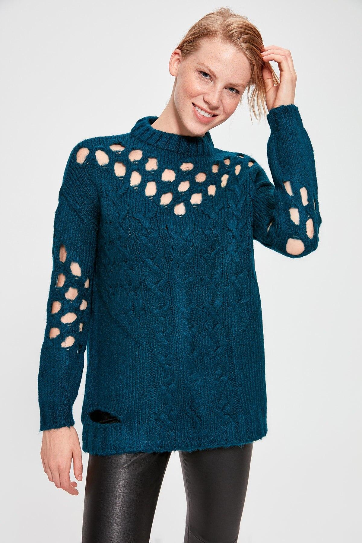 Trendyol WOMEN-Oil Hair Braided Cellular Knitwear Sweater TWOAW20XS0011