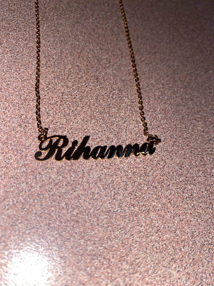 Personalized Famous Carrie Pendant photo review