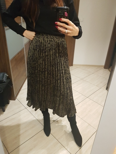 Fashion Leopard Skirts Women With Lined Autumn Winter High Waist Pleated Midi Long Skirts Female Korean Skirt Ladies photo review