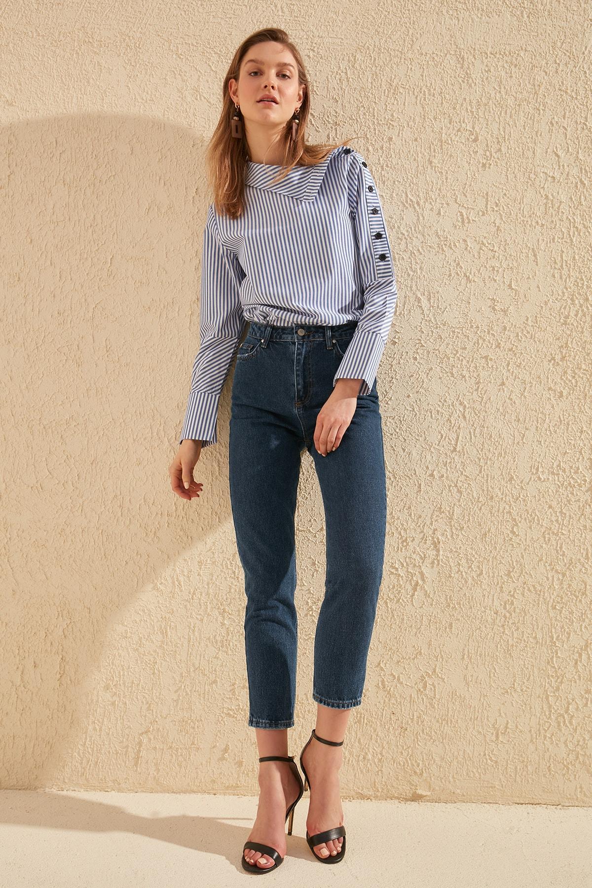 Trendyol High Bel Mom Jeans TWOSS20JE0108