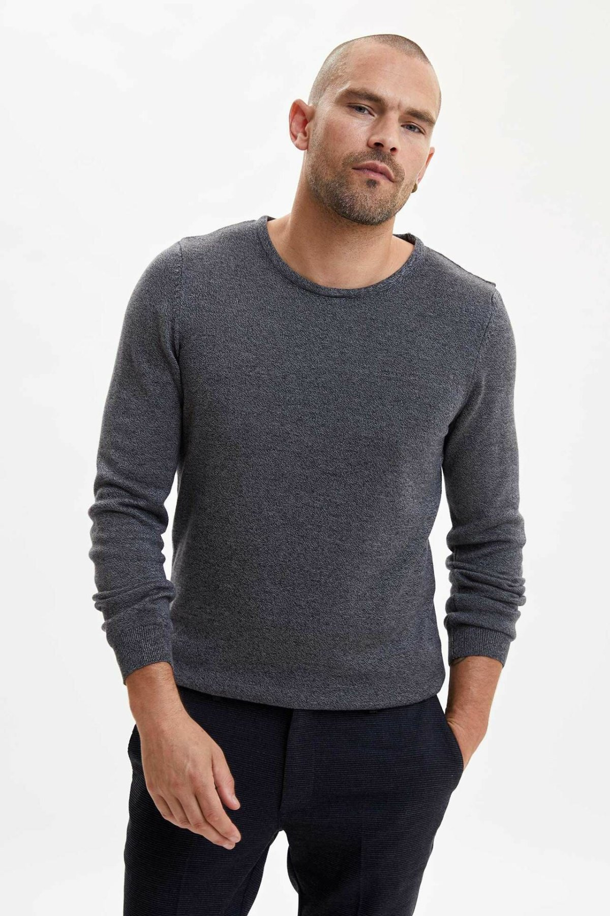 DeFacto Fashion Man Crewneck Pure Color Pullovers Tops Long Sleeves Tops Casual Pullovers Tops Mens New-L1904AZ19WN