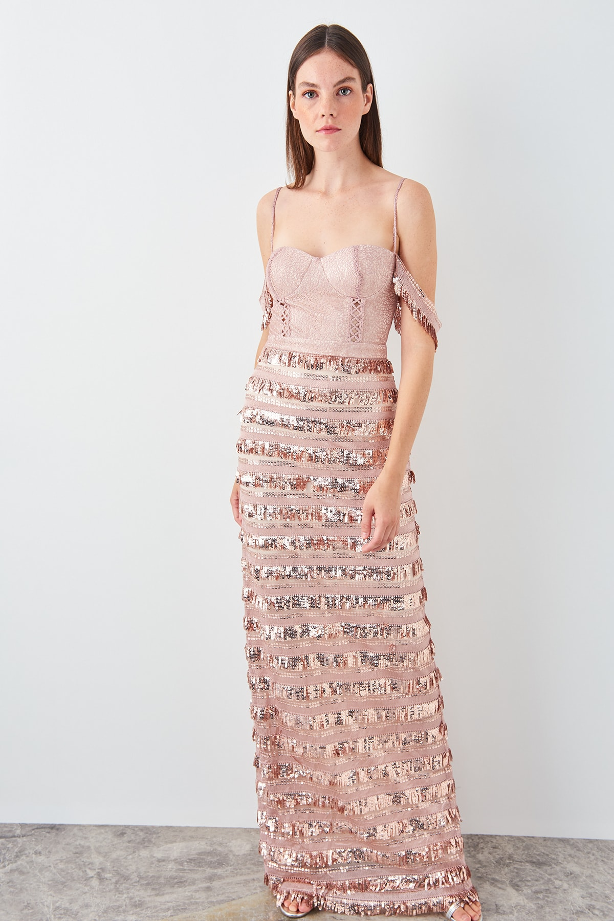 Trendyol Sequin Tassel Detail Evening Dress TPRSS19AE0115