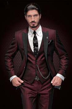 2020 New Arrival Groomsmen Peak Black Lapel Groom Tuxedos Burgundy Men Suits Wedding Best Man Blazer (Jacket+Pants+Vest) - discount item  37% OFF Suits & Blazer