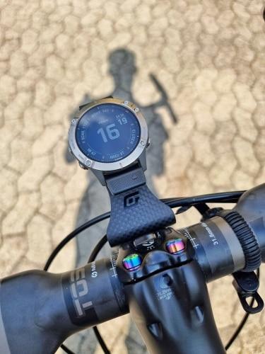 Universal Carbon Fiber Bicycle Computer Mount photo review