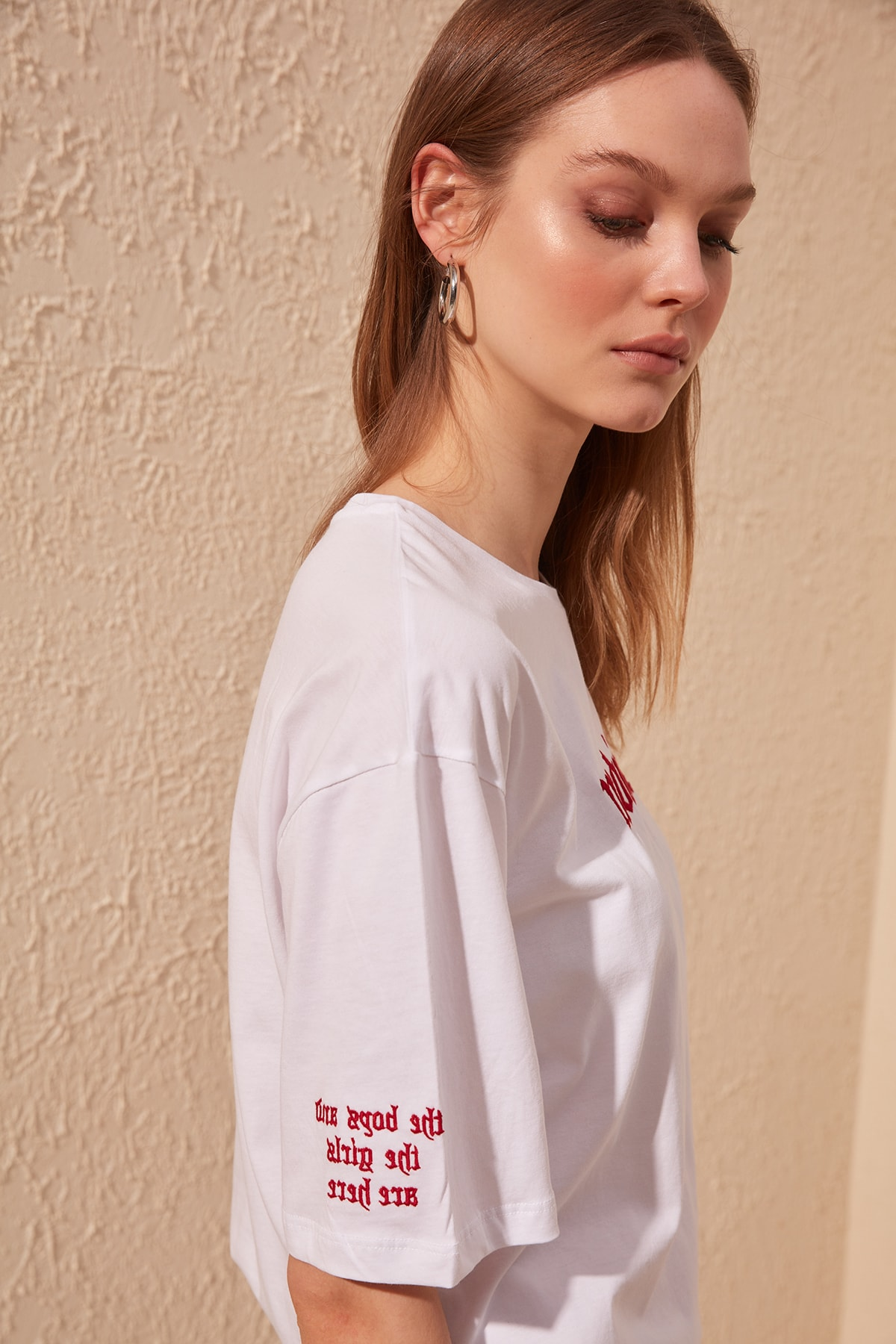Trendyol Embroidered Loose Mould Knitted T-Shirt TWOSS20TS0051