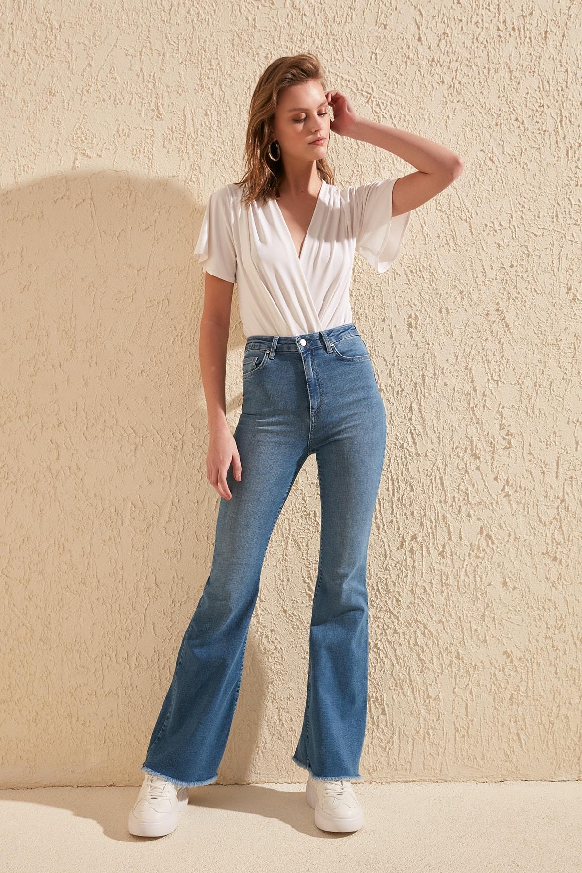 Trendyol Pettitoes Tassels High Waist Flare Jeans TWOSS20JE0150
