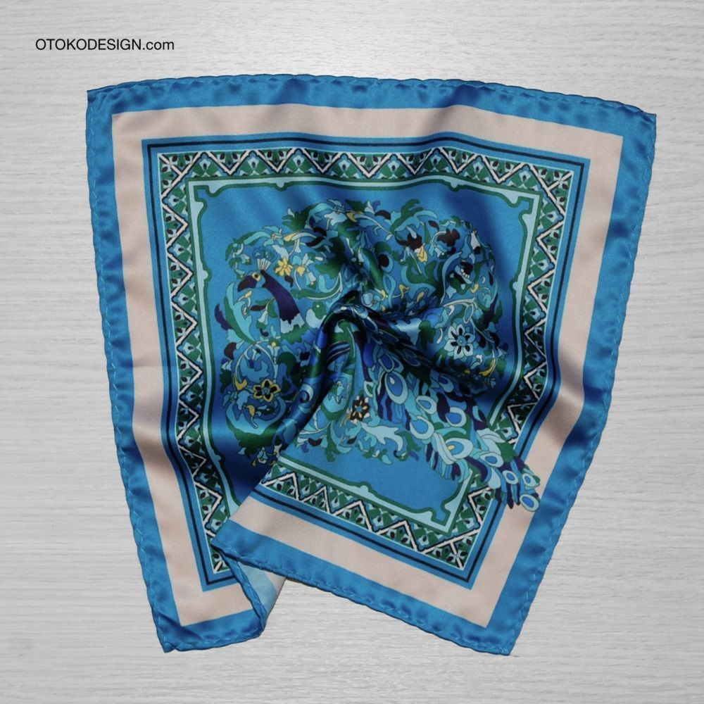 Pocket Square With Peacock Pattern On A Blue Background With White Edging (53139)