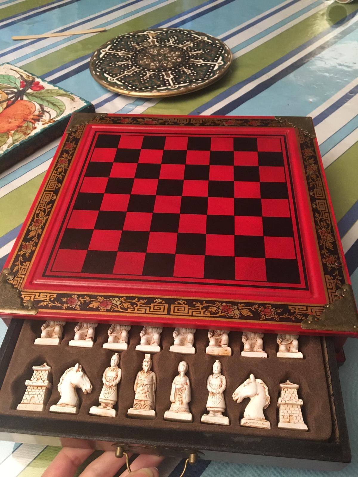 Classic Chinese Warriors Wooden Chessboard photo review