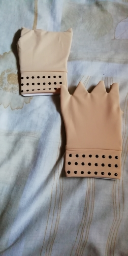 Luvas para terapia magnética contra artrite nas mãos - Compre 1 Leve 2 pares photo review