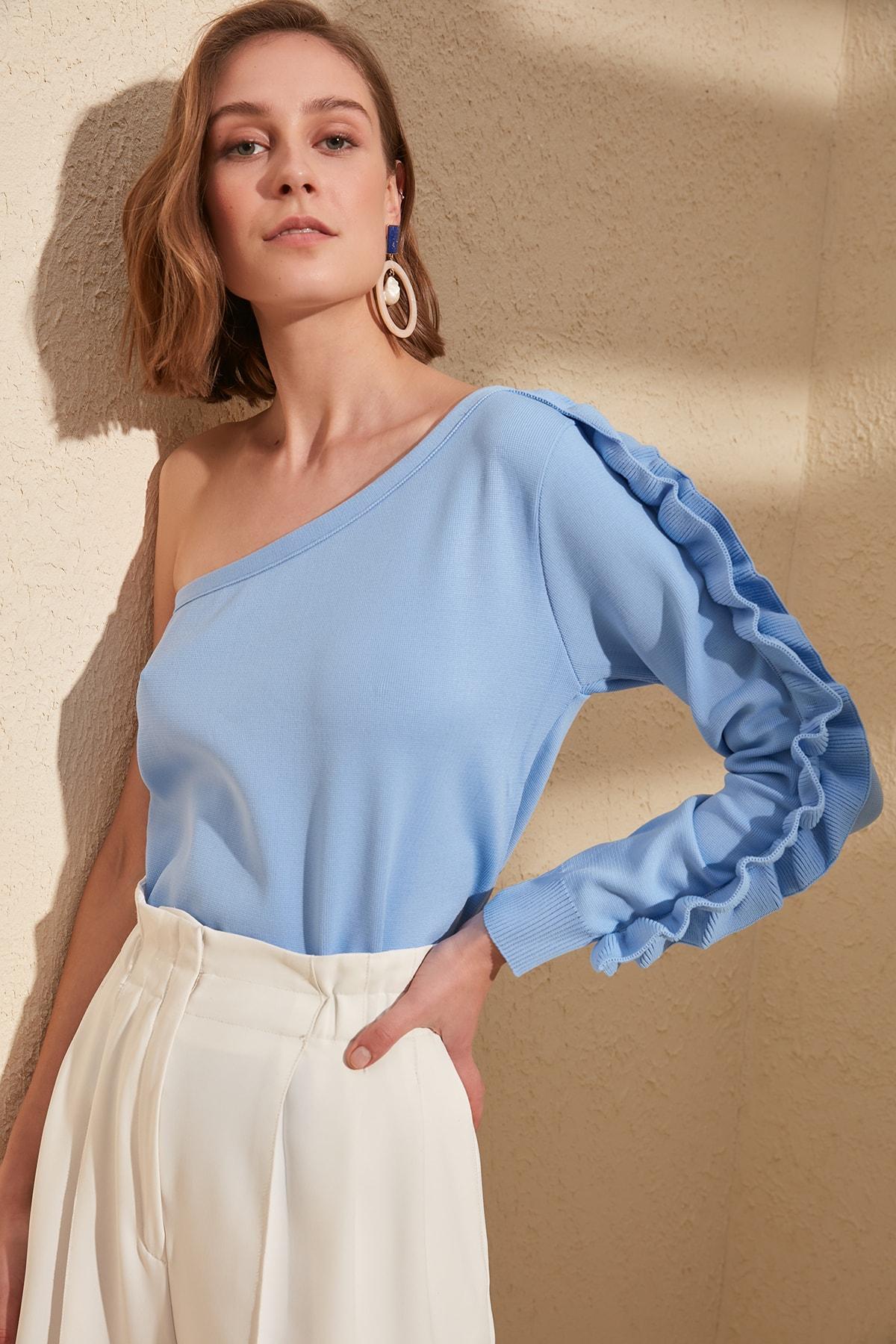 Trendyol Handle Ruffle One Shoulder Knitwear Sweater TWOSS20KZ0010
