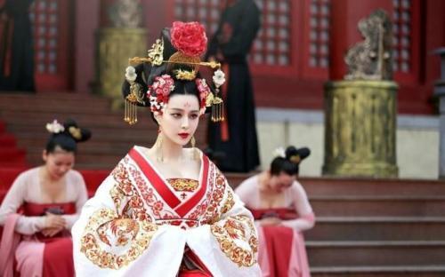 中国历史上,除了武则天外,还有哪些女皇帝?还有三位女皇帝不被正统历史所承认