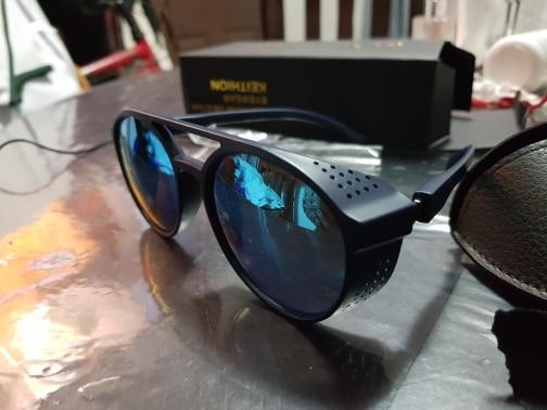 -- Óculos Oculos Shades