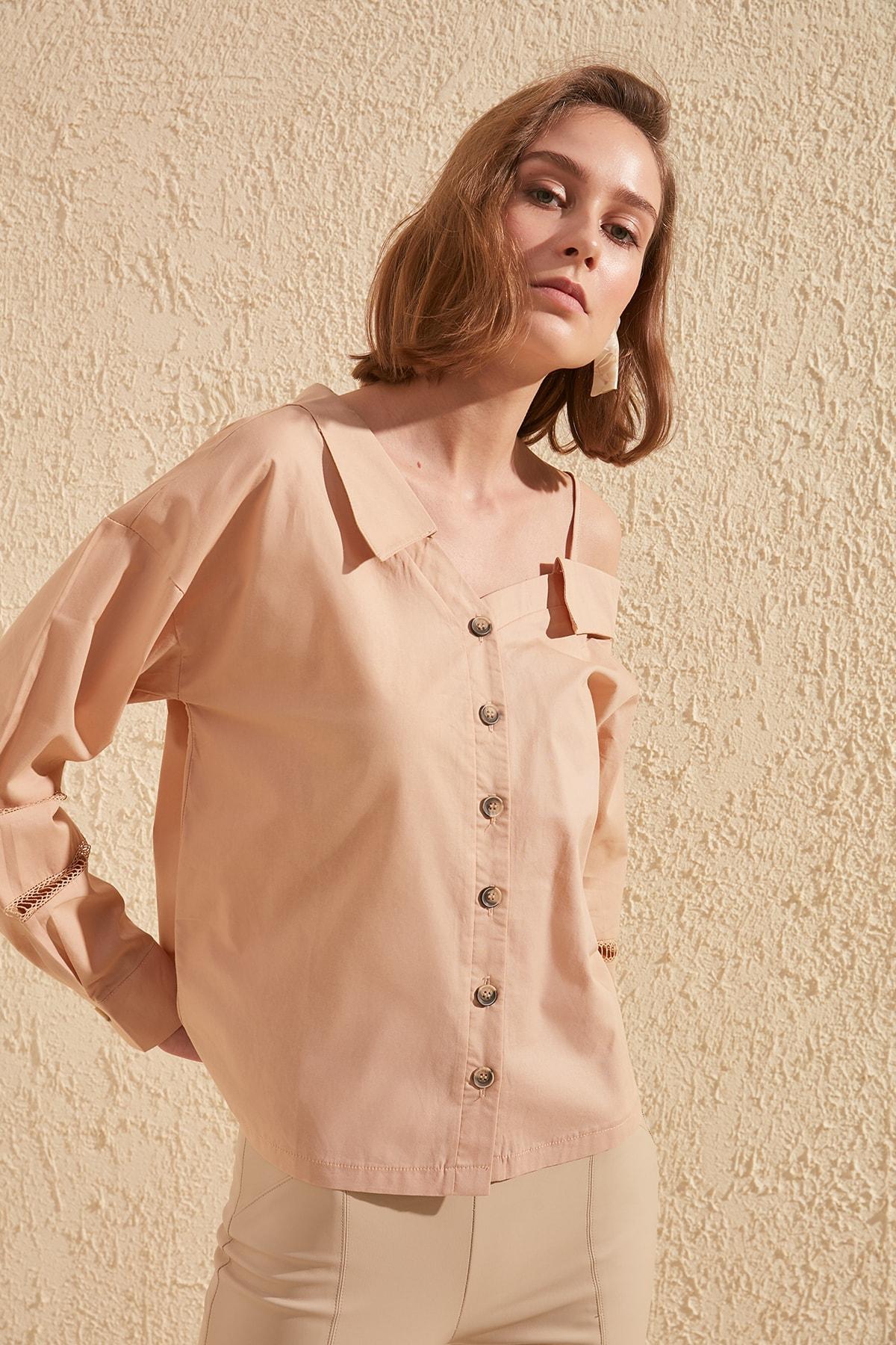 Trendyol Shoulder Detail Shirt TWOSS20GO0005