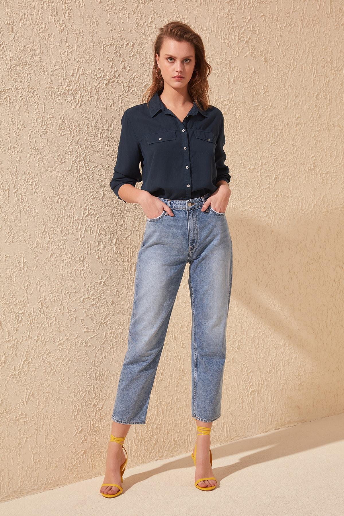Trendyol-Flushing High Bel Straight Jeans TWOSS20JE0179