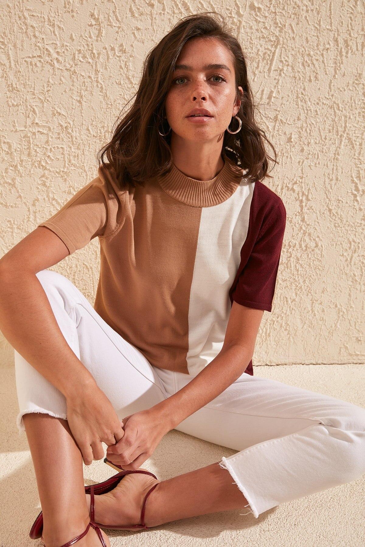 Trendyol With Color Block Knitwear Sweater TWOSS20KZ0016