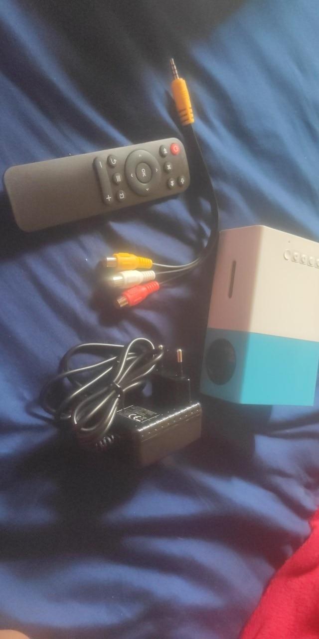 Mini Beamer LED 1080P photo review