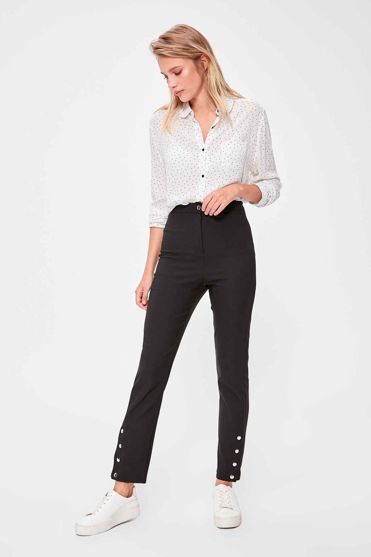 Trendyol Button Detail Pants TWOAW20PL0499