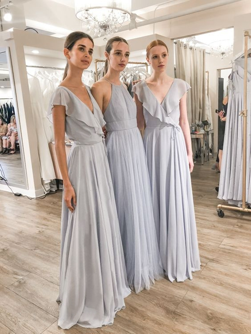 V Neck Pale Grey Chiffon Pleats Bridesmaid Dress