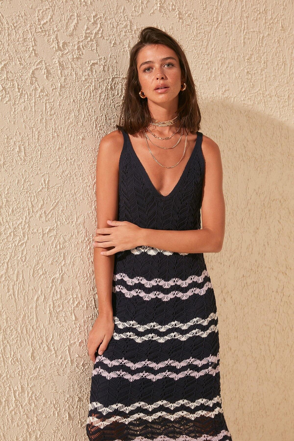Trendyol Cellular Striped Knitwear Dress TWOSS20EL0658