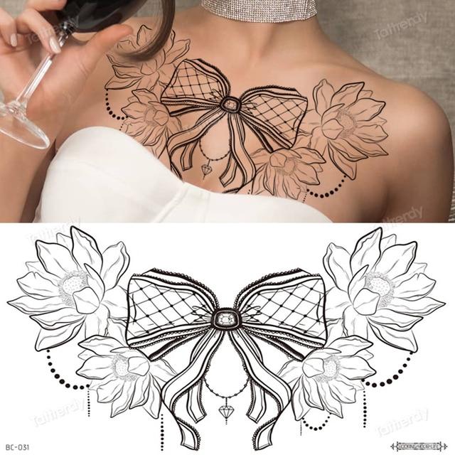 Frauen brust tattoos bei Brustwarzen Tattoo