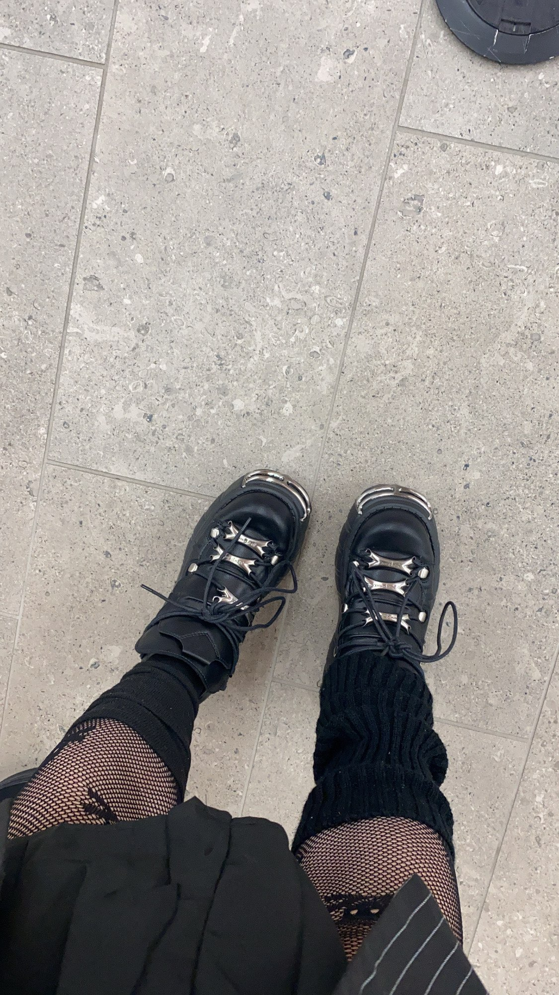 Punk Style Women Sneakers with Metal Decor photo review