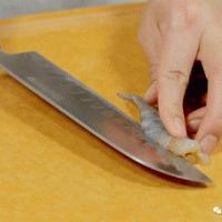 鲜虾小烧麦 宝宝辅食食谱的做法图解2