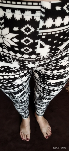Women's High Waisted Leggings With Christmas Print photo review