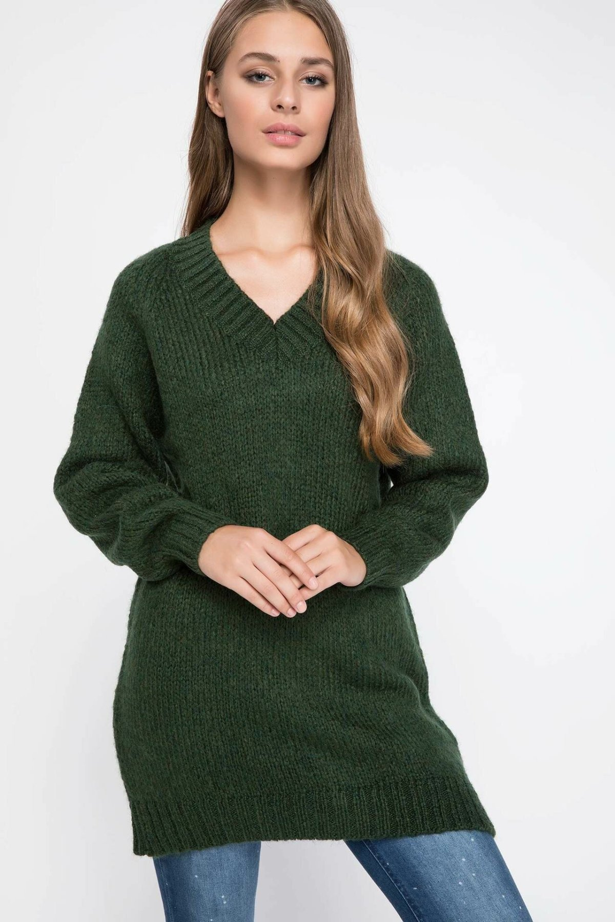 DeFacto Women Fashion Solid V-neck Long Pullovers Female Knitted Pullover Simple Knitted Casual Comfort Hoodies Top-I8870AZ18AU