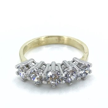Classic Diamond Model 8 Carat Gold Dibs Ring 2