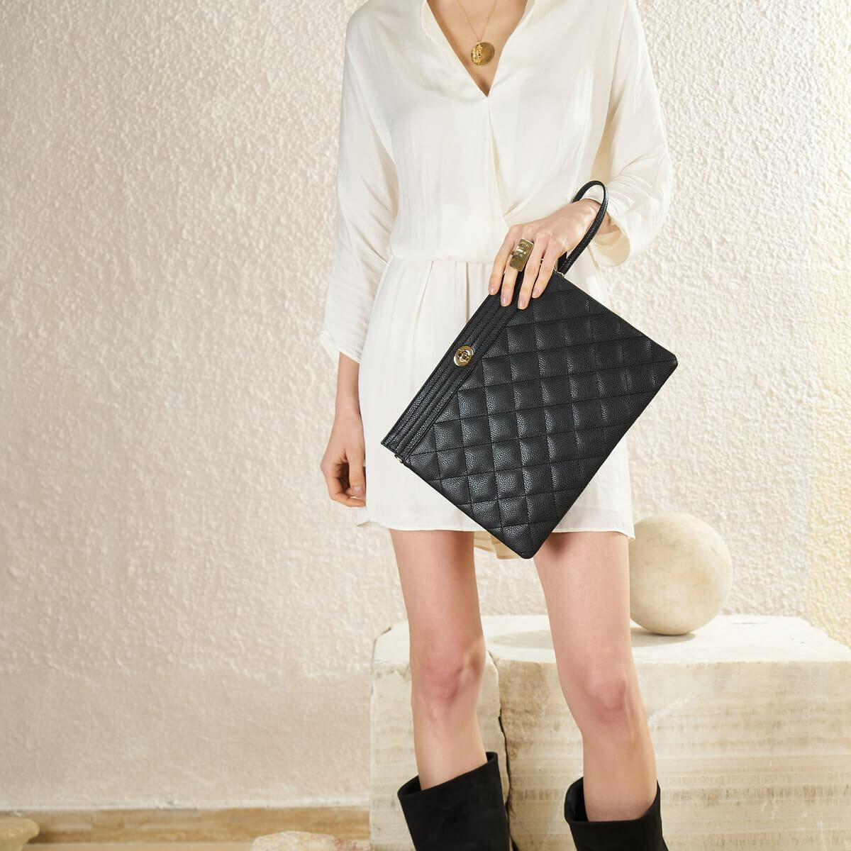 FLO TMK19058 85Z Black Women Handbag BUTIGO