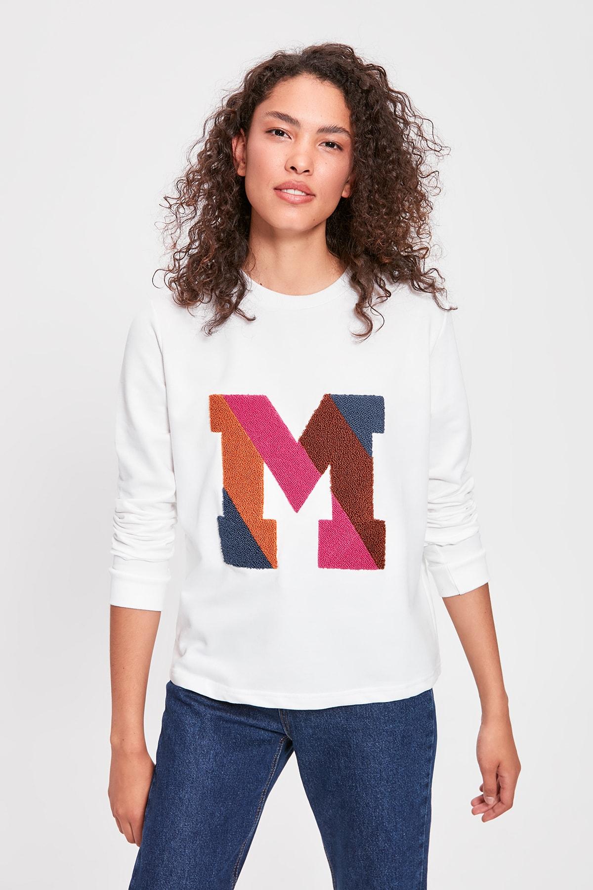 Trendyol Ecru Letter Embroidered Basic Knitted Sweatshirt TWOAW20SW0306