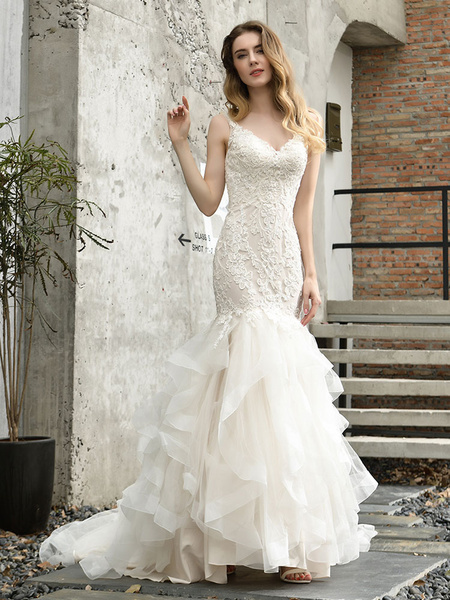 Wedding Dresses V Neck Sleeveless Natural Waist Lace Mermaid Bridal Gowns With Train