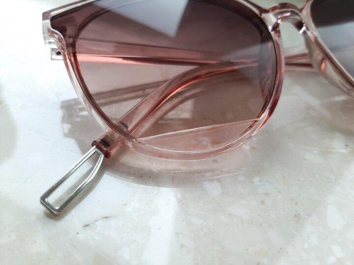 AKLFHNC New Classic Mirror Vintage Fashion Sunglasses for Women - Oculos De Sol Feminino UV400 photo review