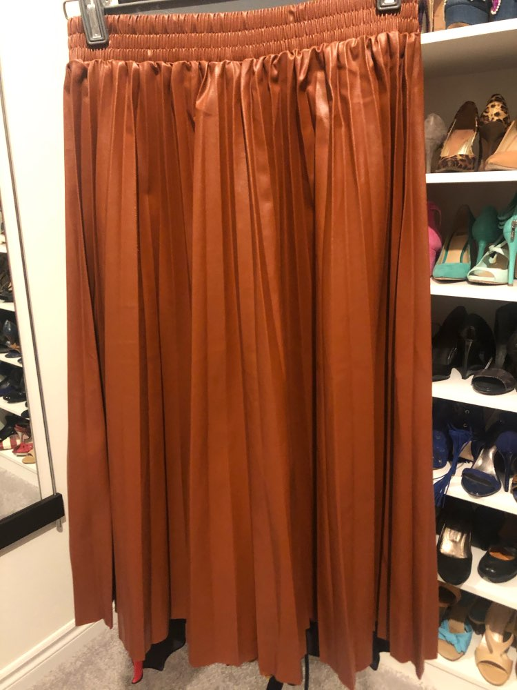 8 Colors Available Spring New Arrival Ladies Skirts Organ Pleated Skirt Elegant High Waist Leather Skirt photo review