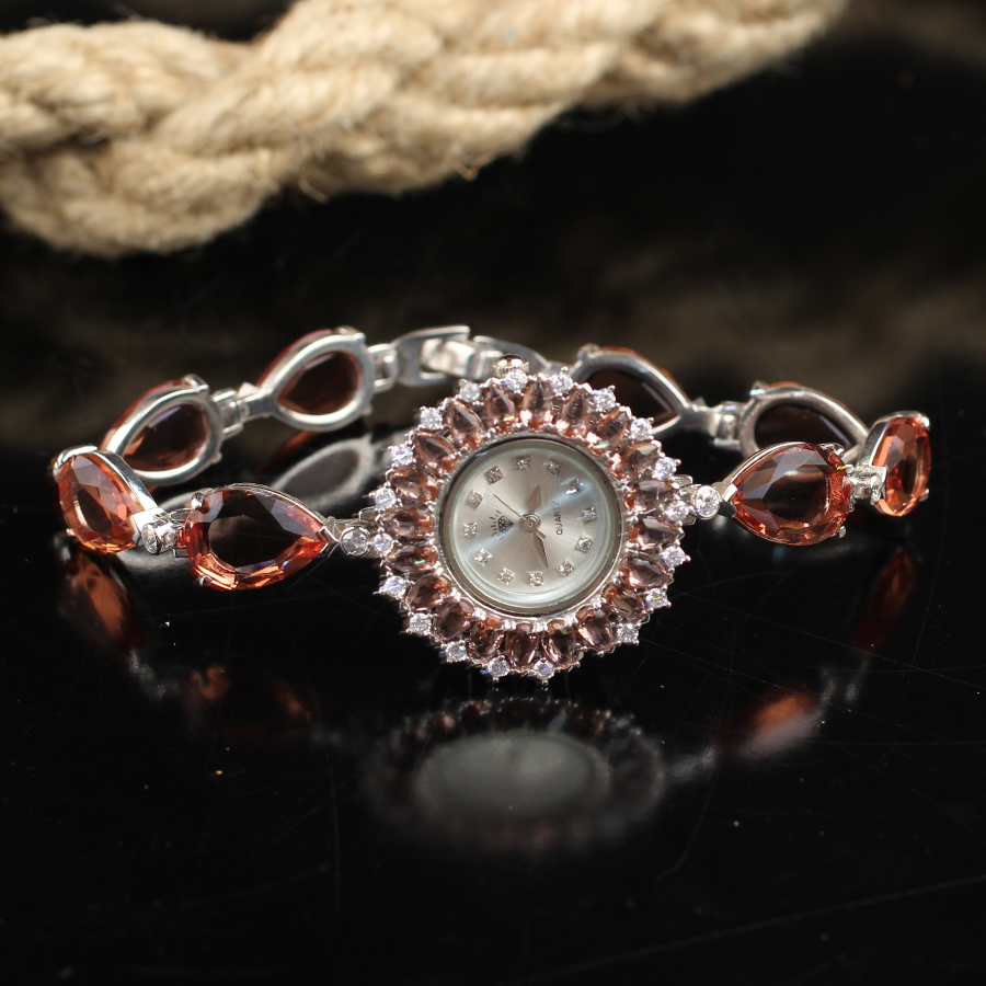 Handmade Zultanite Silver Quartz Watch for Women , Color Changing Drop Zultanite Stone Watch, Silver Handmade Zultanite Watch