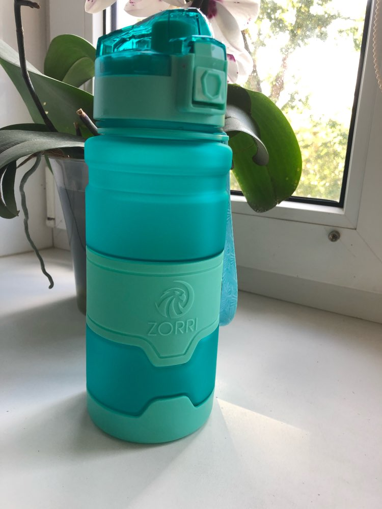 ZORRI Gift Bottle For Water Tour Outdoor Protein Shaker Sports Water Bottle Leak Proof Seal Water Bottles BPA free Drink Bottle-in Water Bottles from Home & Garden on AliExpress