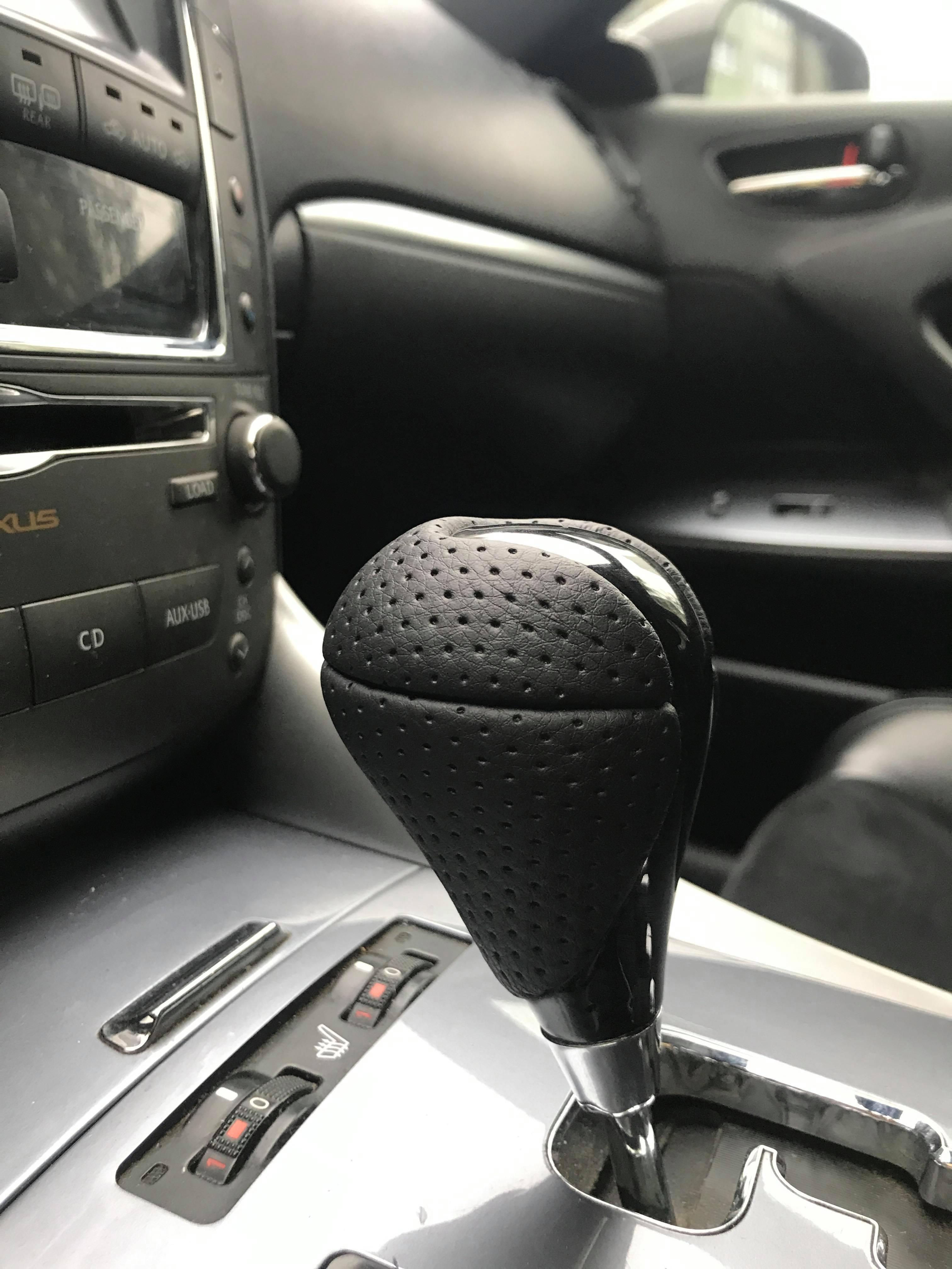 Nikou Gear Shift Knob Car Carbon Fiber Gear Shift Knob Compatible with Lexus ES300 GS300 IS250 LS400