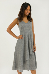 Finn Flare нежное вискозное платье на широких бретелях в стиле ампир, коллекция лето-2020
