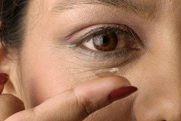 隐形眼镜的注意事项 隐形眼镜戴反了有什么后果-养生法典