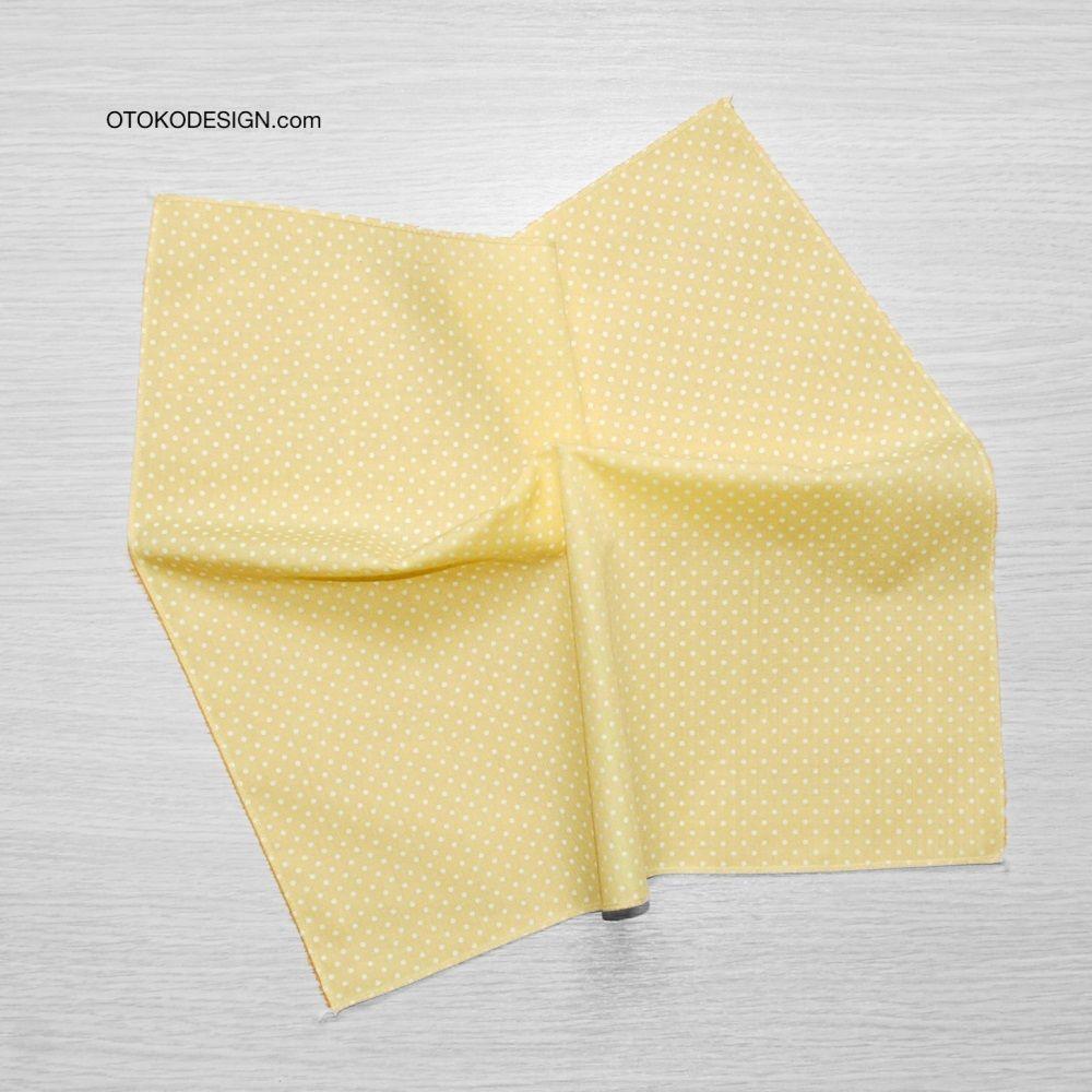 Pocket Square In A Jacket Pocket Yellow White Polka Dot (51820)
