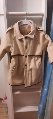 Coat is as described, thick and beautiful, there's some threads sticking out but not that critical, inside it's quilted so it's warm and also acts as a wind breaker on a windy Autumn season. Sellers response is quite quick and answered all my questions very sociable and sent a small pink toy car as a gift. Thank you. We received the parcel 15 days after ordering. I recommend