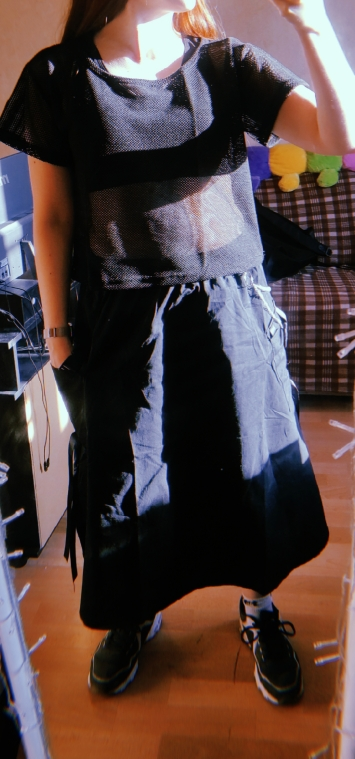 Harajuku Punk High Waist Loose A-line Cargo Skirts with chain photo review