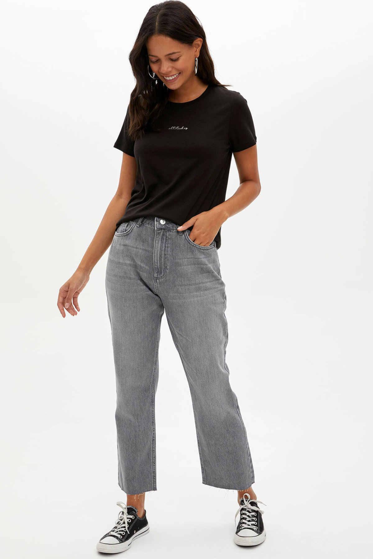 Defacto Musim Panas Wanita O-Leher Lengan Pendek T-shirt Wanita Fashion Pola Huruf Atasan Wanita Kasual Sweatshirt Baru-L6533AZ19AU